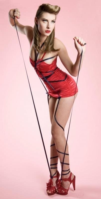 Berbe de Vries model sep 2011