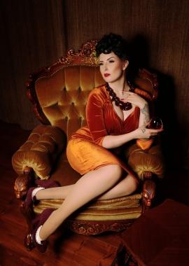 Wilhelmina af Fera   26398   26876   26416   photography @foxyvixensbeautyparlour   (2)