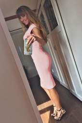 The Pretty Dress Company Luxe Crepe Dust Pink Hourglass Dress 100 22 15354 Beertje van Beers 2