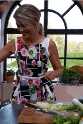 Aflevering 3 4 10 Sandra Ysbrandy   Thuis op Zondag