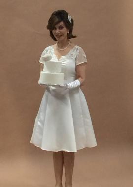 21 4 2016 Marijke Helwegen bruidsjurk Beau Monde