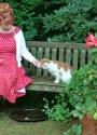 1 6 2016  Marijke Helwegen voor Amivedi rode polkadot