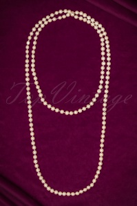 40s Yvon Long Pearl Necklace in Ivory