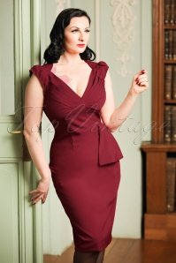 50s Khloe Pencil Dress in Burgundy Red