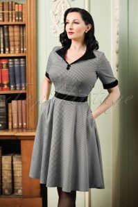 40s Swept Off Her Feet Swing Dress in Houndstooth Black