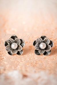 50s Pearls On My Flower Earrings in Silver