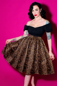 TopVintage exclusive ~ 50s Vixen Swing Skirt in Leopard