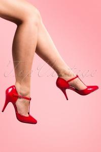 40s T-Strap Vanity Lipstick Red lak pumps