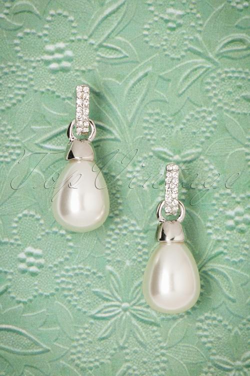 Darling Divine Little Pearl Earring 330 51 20808 01192017 002W