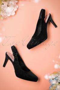 Tamaris Sandals in Black 400 10 19856 01232017 010w