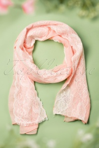 30s Diane Lace Scarf in Light Pink