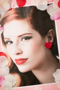 Collectif Clothing Velvet Red Heart Earrings 330 20 20312 01312017 023W