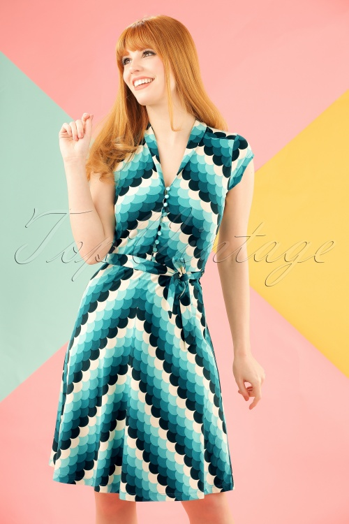 King Louie Emmy Dress Dragonfly Blue 102 39 20203 20170110 0009 modelfotoW