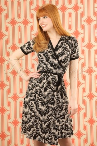 60s Blizzy Wrap Dress in Black and Cream
