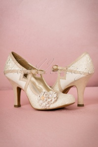 Ruby Shoo Yasmin Pumps in Cream 402 51 19814 20170207 0015W