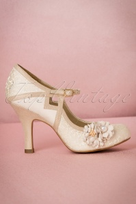 Ruby Shoo Yasmin Pumps in Cream 402 51 19814 20170207 0005W