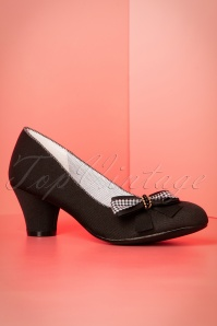 60s Lily Pumps in Black