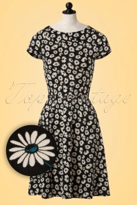 King Louie Skater Dress in Black with Flowers 102 14 20282 20170214 0003pop