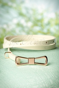 60s Golden Bow Leather Belt in Cream
