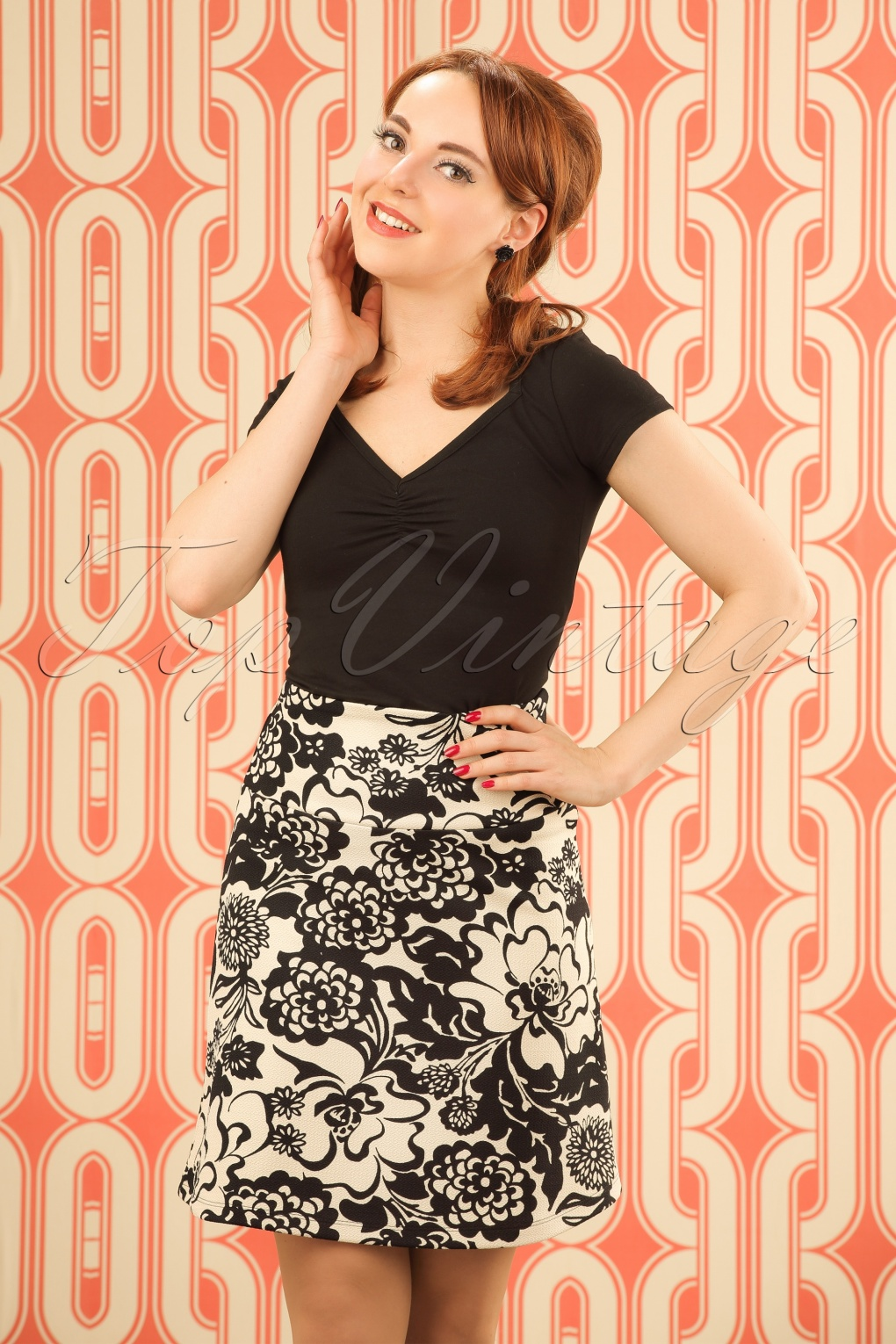 1960s Style Skirts 60s Yoko Floral Borderskirt in Cream £42.17 AT vintagedancer.com