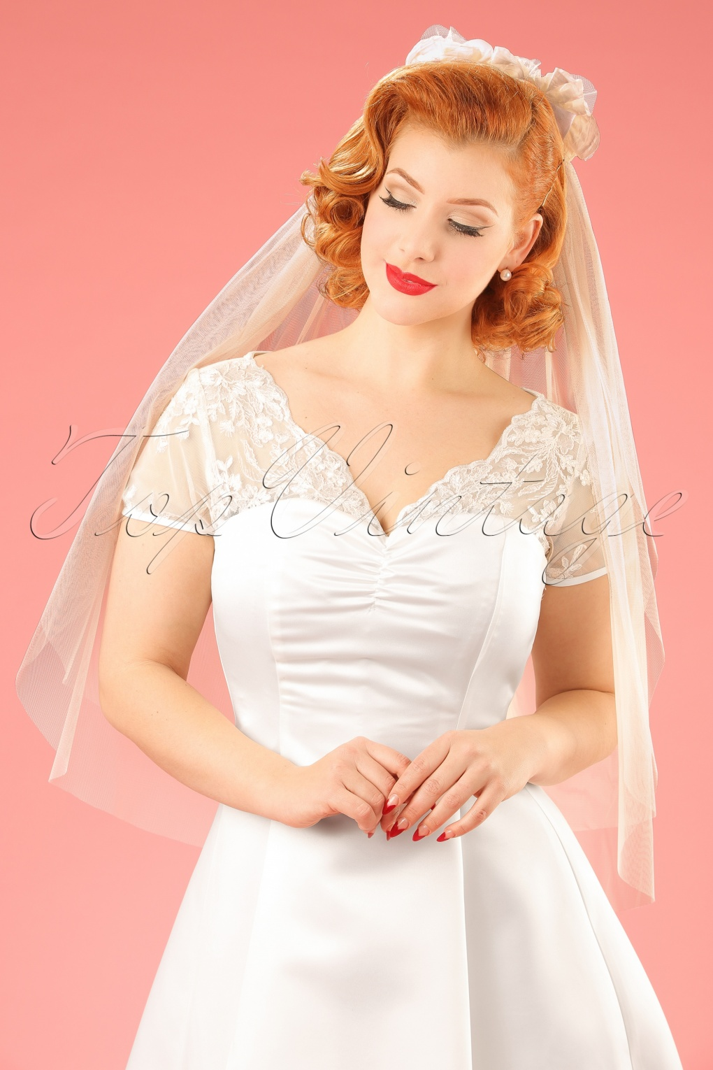 1950s Style Wedding Dresses 50s Bettie Pearl Bridal Veil in Ivory £72.75 AT vintagedancer.com