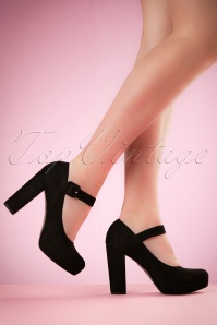 70s Janice Suedine Pumps in Black