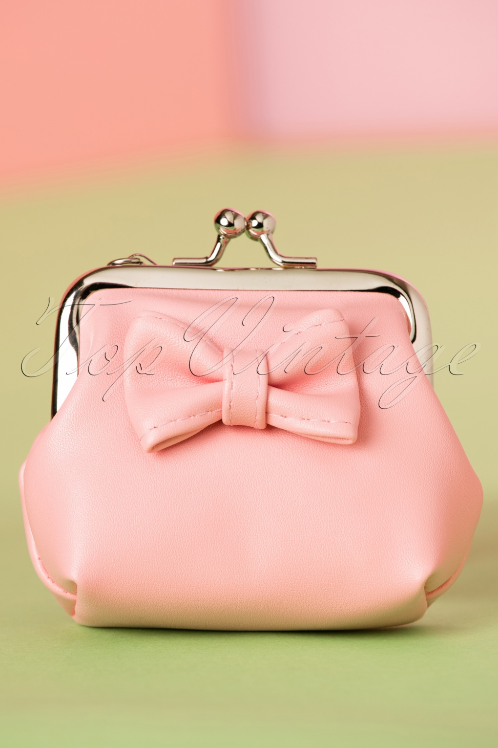 Vintage & Retro Handbags, Purses, Wallets, Bags 50s Sienna Bow Small Wallet in Pink £7.06 AT vintagedancer.com