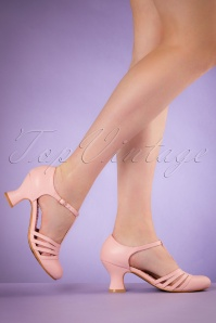 50s Lucy T-Strap Pumps in Pink