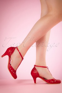 40s Raine T-Strap Pumps in Red