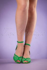 Bettie Page Shoes Willow Green Pumps 402 40 19965 02232017 014W