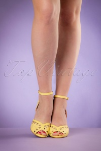 Bettie Page Shoes Willow Yellow Pumps 402 80 19966 02232017 014W