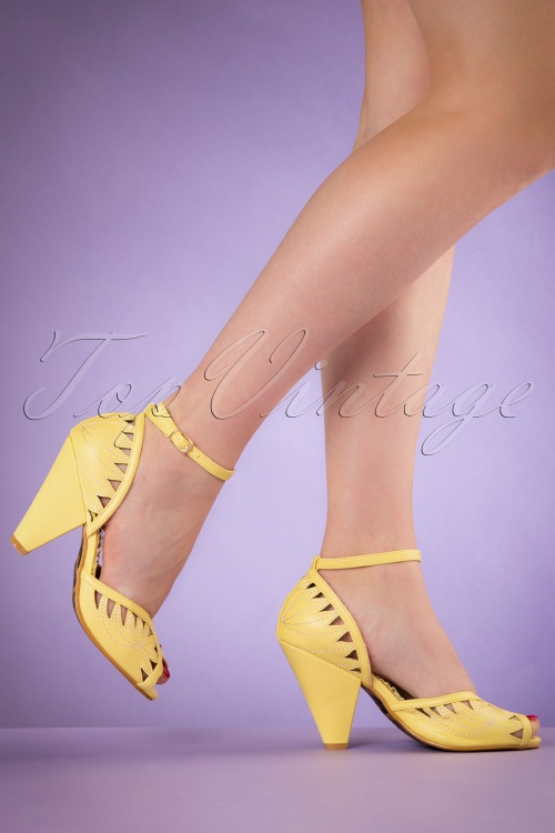 Bettie Page Shoes Willow Yellow Pumps 402 80 19966 02232017 008W