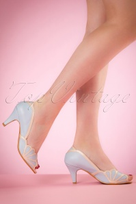 40s Heather Peeptoe Pumps in Blue