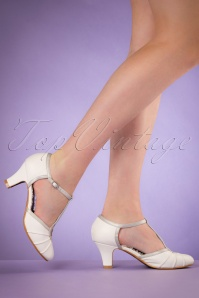40s Eris T-Strap Pumps in White