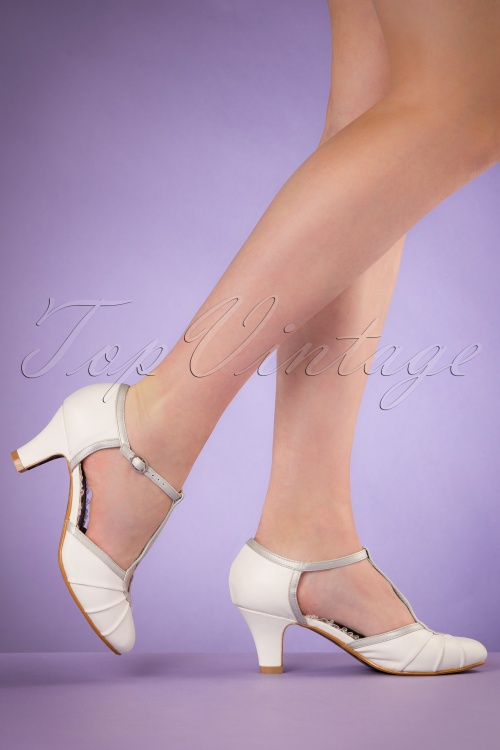 Bettie Page Shoes Eris White T strap Pumps 401 50 19948 02232017 006W