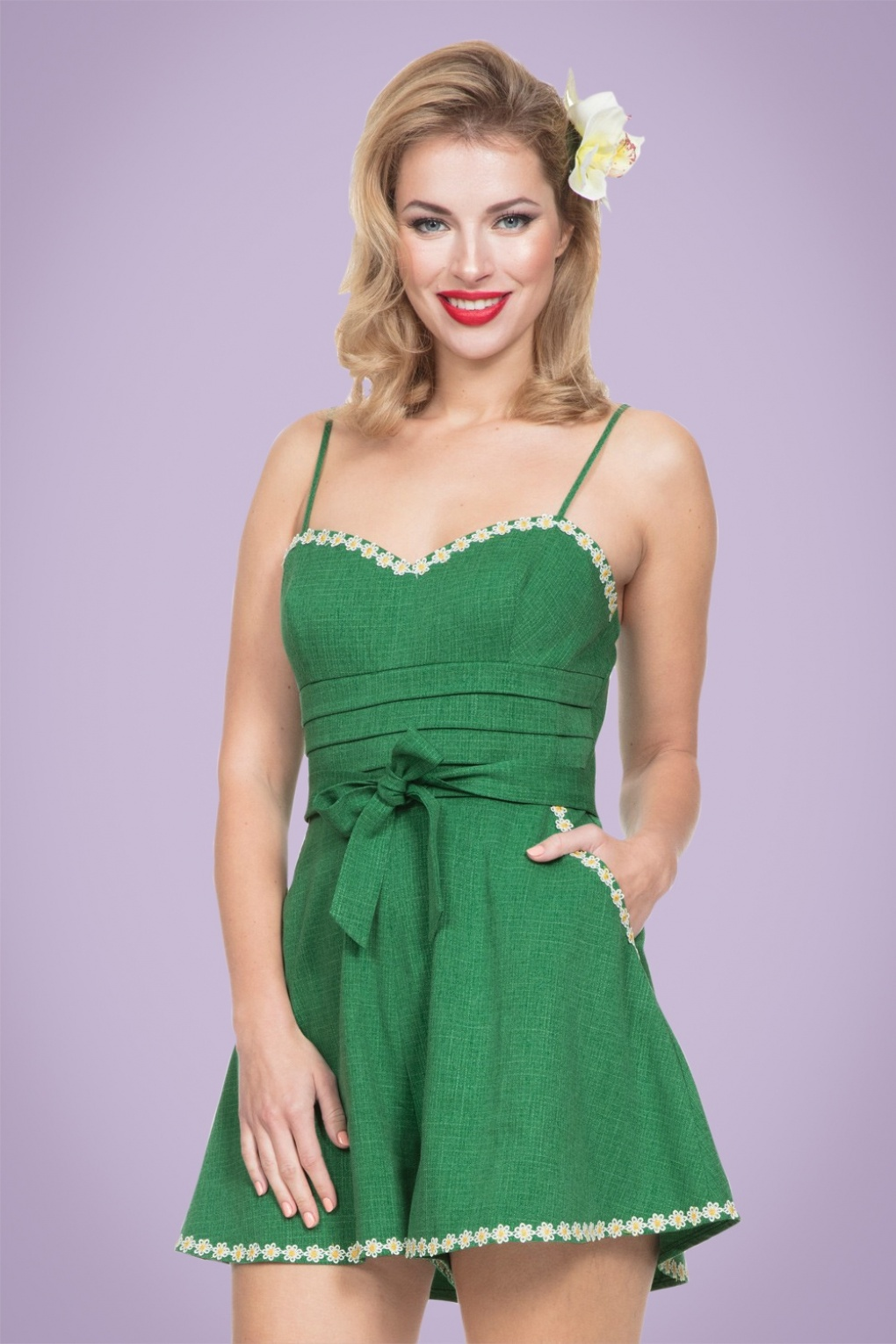1940s Style Shorts 50s Jayne Daisy Playsuit in Green £57.03 AT vintagedancer.com
