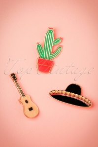 60s Viva La Mexico Brooches Set