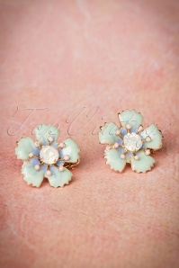 50s Ditsy Flower Clip on Earrings in Mint