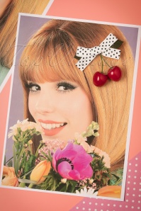 Dancing Days by Banned Hamilton Hairclip 208 59 21085 03072017 006W