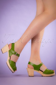 60s Loretta Leather Clogs in Green