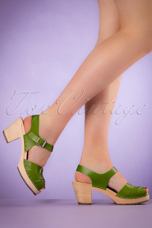 47c94d2f7c1b5 60s Loretta Leather Clogs in Green