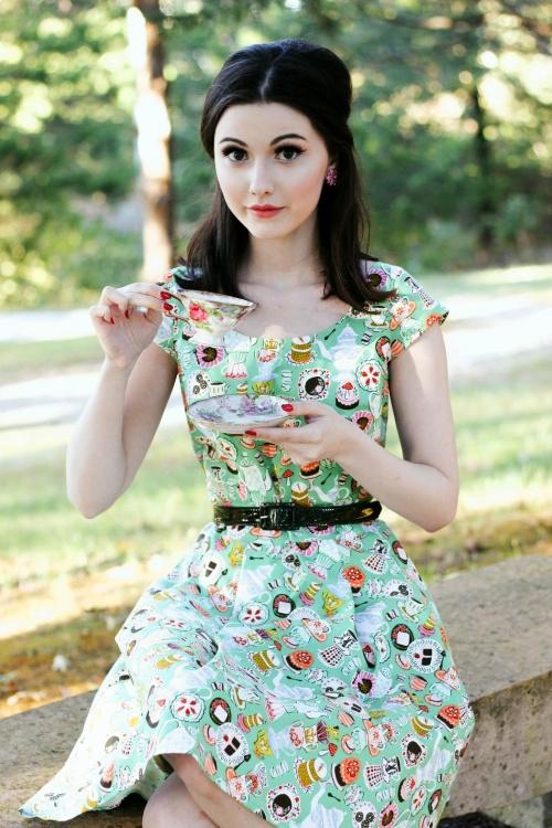 974b9f649ac3 Retrolicious Mad Tea Party Dress 102 49 20474 20170313 002