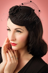 Banned Retro 50s Marilyn Fascinator in Black