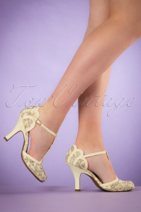 50s Polly T-Strap Pumps in Lemon