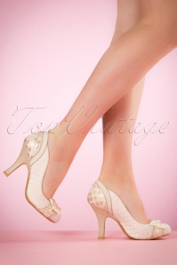 Ruby Shoo Amy Pumps in Cream 400 51 19808 model 03082017 004W
