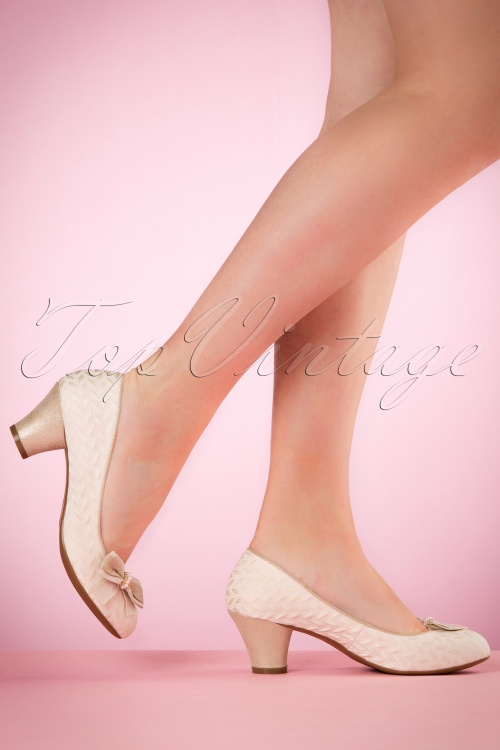 Ruby Shoo Lily Pumps in Cream 400 51 19816 model 03082017 002W