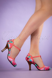 50s Polly T-Strap Pumps in Coral