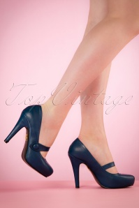 40s Dolly Pumps in Navy