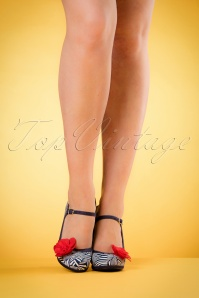 Ruby Shoo Tanya Pumps in Navy 402 39 19821 model 03082017 011W