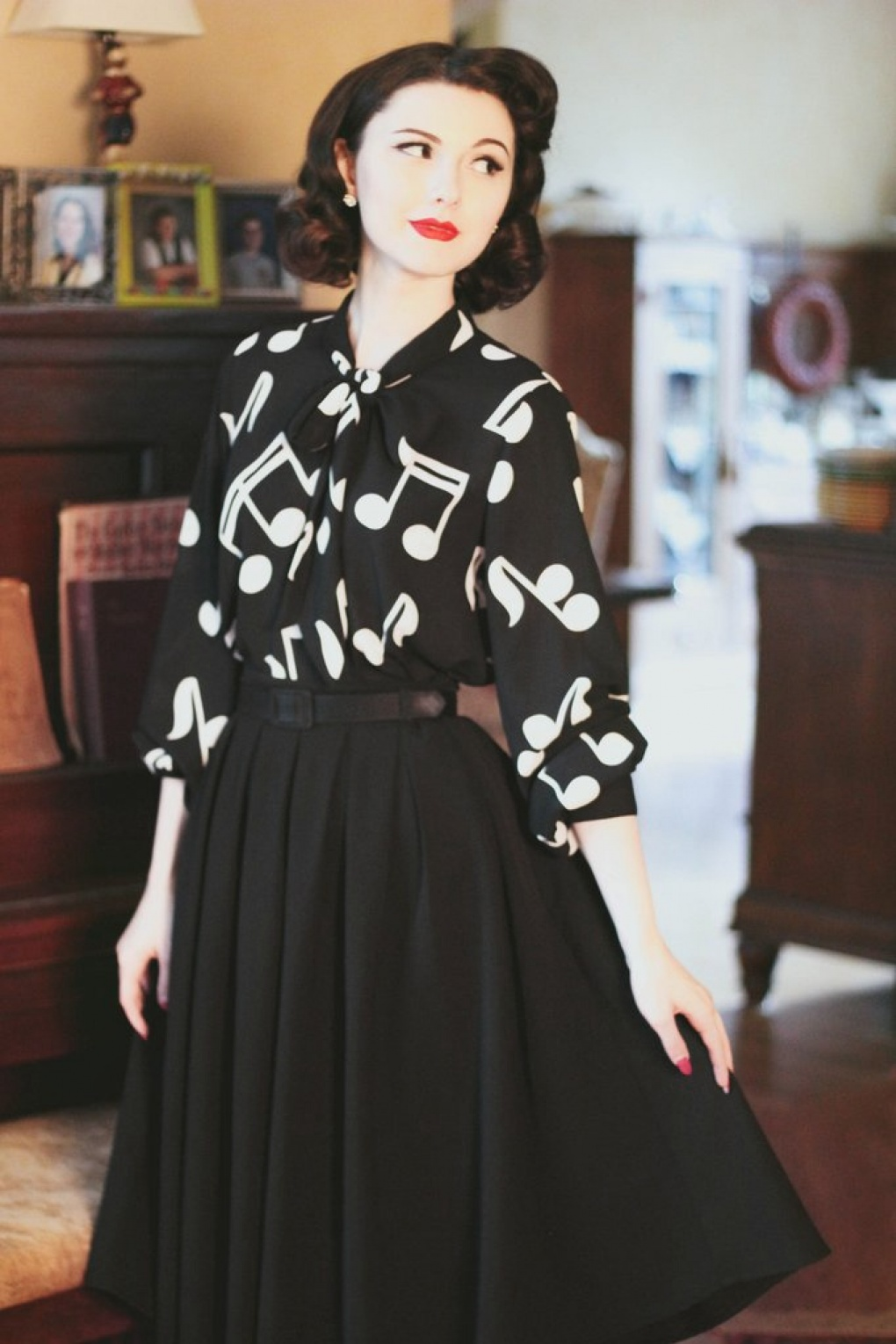 Shop 1960s Style Blouses, Shirts and Tops 60s Symphony Blouse in Black £46.16 AT vintagedancer.com
